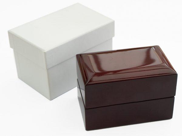 Mahogbox01